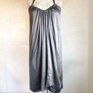 Graham Spencer Size Large Womens Silk Vneck Dress